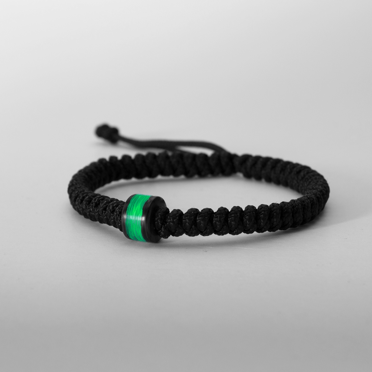 Carbon Fiber Diamontrigue Jewelry: Green GITD Carbon Fiber Bead Bracelet