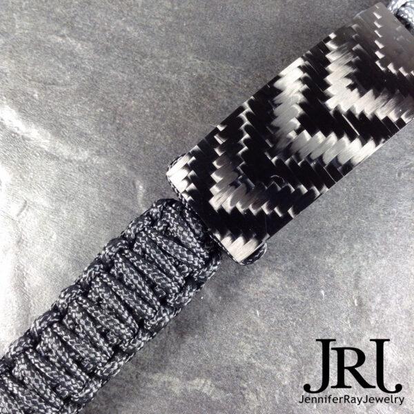 shiny v weave carbon